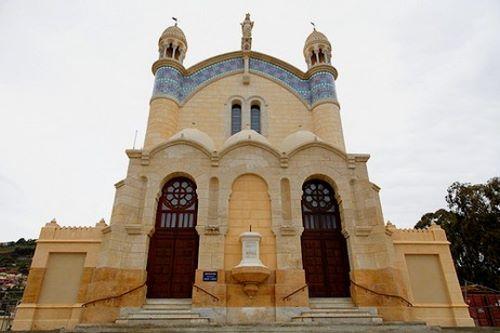 كنيسة جزائرية