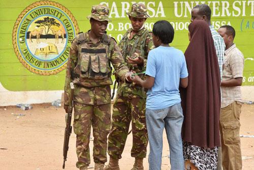 جنود كينيون لحماية الكنائس