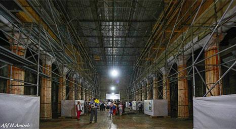 تواصل عمليات الترميم داخل كنيسة المهد في بيت لحم لأول مرة منذ 600 عام