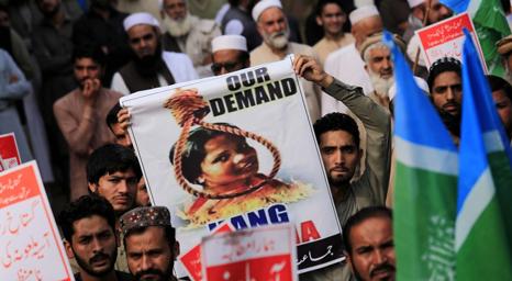 80 متشددا باكستانيا احتجوا على تبرئة بيبي يواجهون أحكامًا مطولة بالسجن