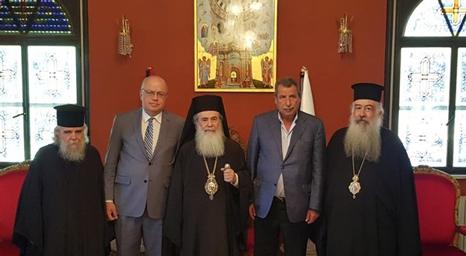 رئيس اللجنة الرئاسية العليا لشؤون الكنائس: يجب الحفاظ على الوضع القانوني والتاريخي للأماكن المقدسة
