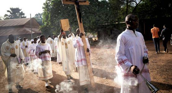 العثور على بقايا مبشرة إنجيلية مختطفة في مالي