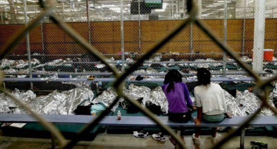 مؤسسة خيرية مسيحية توفر دور رعاية لمئات الأطفال المهاجرين