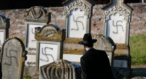 تقرير جديد: انتشار جائحة عالمية لمعاداة السامية على الإنترنت