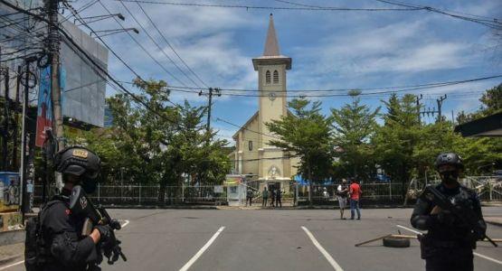 السفارة الأمريكية تحذر من خطر إرهابي كبير في إندونيسيا بعد تفجير كنيسة