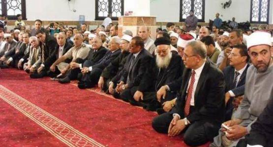 مصر: وفاة كاهن كان يحضر الصلاة داخل أحد المساجد