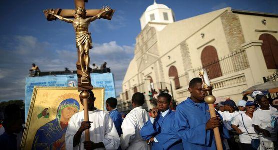 إطلاق سراح ثلاثة من أصل خمسة كهنة وراهبتين اختطفوا منذ أيام في هاييتي