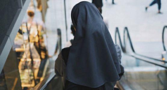 إصدار حكم على راهبة قامت بتهريب لاجىء بحقيبة سفر