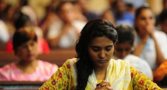 فتاة باكستانية مسيحية أجبرت على اعتناق الإسلام والعمل كطباخة وجارية