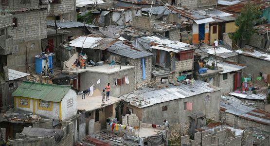 الاضطرابات في هايتي تزيد من الجوع إلى الإنجيل