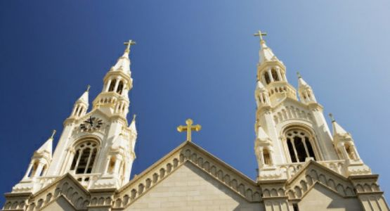 أكثر من 18000 توقيع على عريضة تحث البابا فرنسيس على إلغاء قيود فرضها