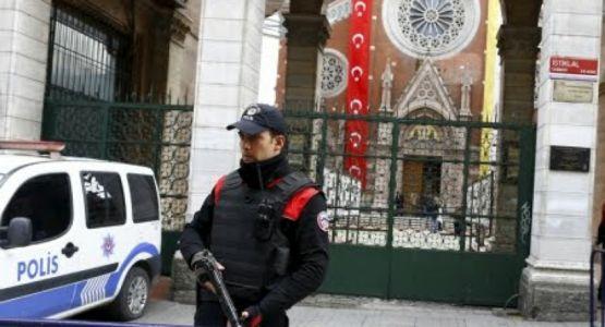 تركيا تجبر الأقليات الدينية على الانضمام إلى حملات لتبييض تعصب النظام