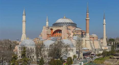 موقع أحوال التركي: تحويل آيا صوفيا إلى مسجد ضربة للوجود المسيحي التاريخي في تركيا