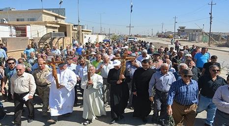 هيئة مساعدة الكنيسة المتألمة تبحث عودة النازحين المسيحيين إلى سهل نينوي