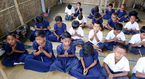 اولاد مسيحيون يحولون الى الاسلام قسرًا في بنغلادش