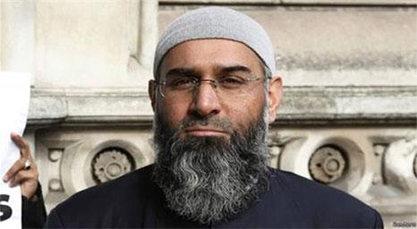 السلطات البريطانية تفرج عن متشدد محرض على الإرهاب بعد قضاءه نصف المدة