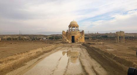 كنيسة على نهر الأردن تقيم أول قداس لها يوم الأحد منذ 54 عامًا بعد إزالة الألغام حولها
