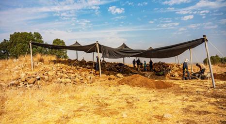 علماء الآثار الإسرائيليون يعثرون على قلعة عمرها 3000 عام من زمن الملك داود