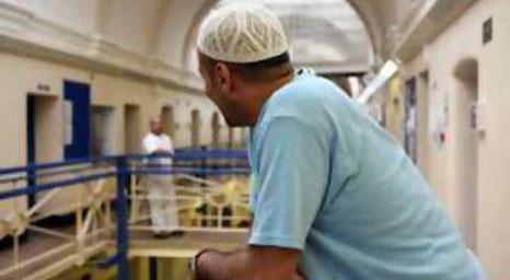 عصابات اسلامية في السجون البريطانية  تجبر السجناء على اعتناق الاسلام بالقوة