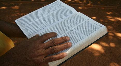 هل تكلم الكتاب عن نبي بعد المسيح؟