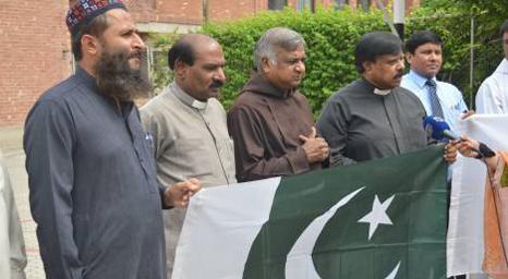 المسيحيون في باكستان يصلون من أجل كشمير