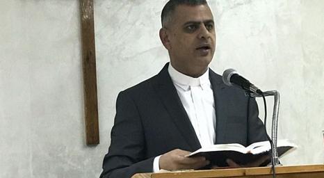 إعادة انتخاب القس بشار النعمات رئيسًا لكنيسة الاتحاد المسيحي في الأردن وفلسطين