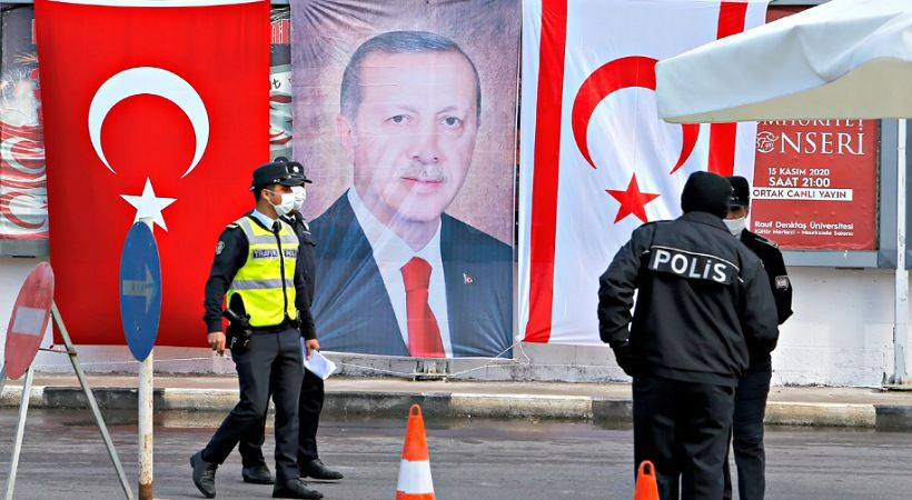 الأتراك يخلقون أندرو برونسون آخر