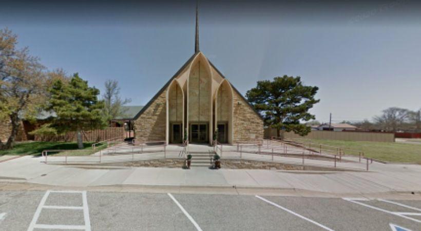 آباء ينتقدون كنائس تكساس لتعريض الأطفال للتربية الجنسية الصريحة