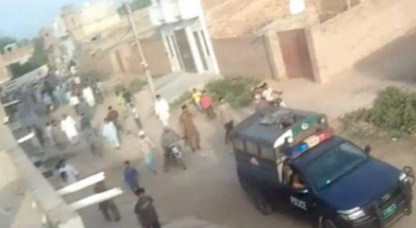غوغاء مسلمون يهاجمون القرويين المسيحيين في باكستان