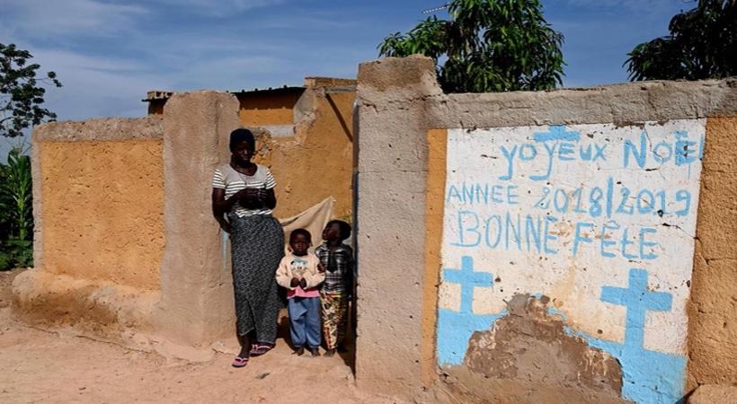 إسلاميون يقتلون 15 مسيحيا في هجوم على احتفال معمودية في بوركينا فاسو