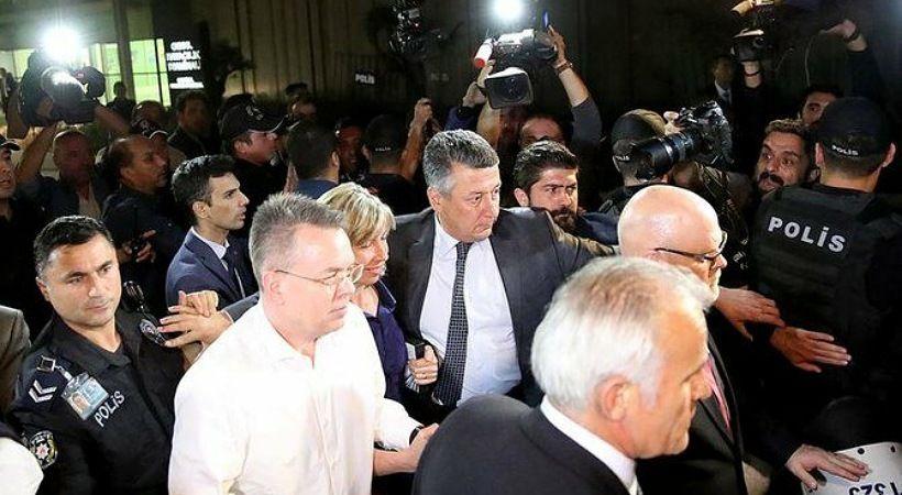 إبلاغ لجنة حقوق الإنسان عن معاملة تركيا للمسيحيين الانجيليين