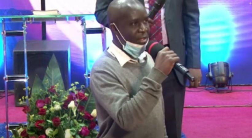 استقالة سكرتير المجموعة الكينية الملحدة بعد إيمانه بيسوع المسيح