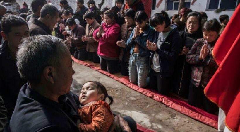 راعي مؤمنين فروا من الصين: لا مجال للعودة لنا