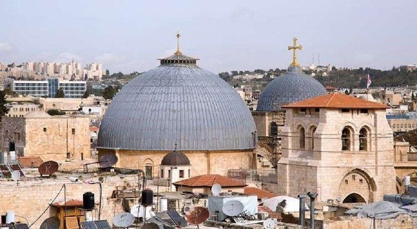 محتال جمع تبرعات ضخمة بدعوى ترميم كنيسة القيامة