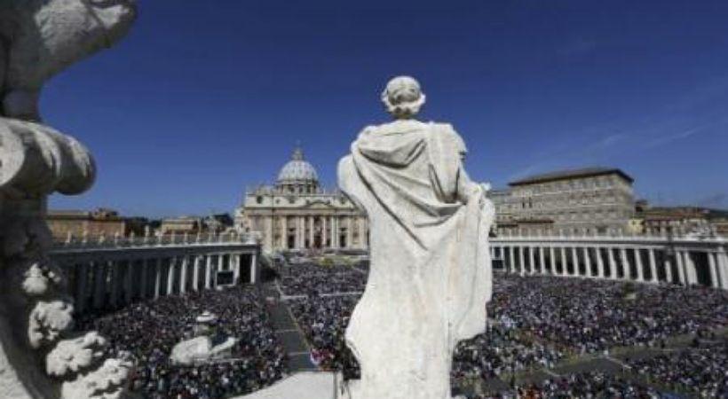 الفاتيكان يقوم بخطوة دبلوماسية غير مسبوقة ضد قانون المثليين الإيطاليين