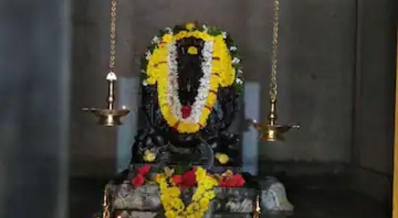 رجل اعمال يدعي أنه مسيحي يبني معبد هندوسي