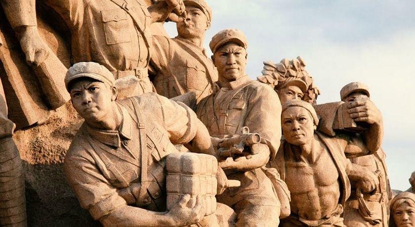 النظام الصيني يطلب من المسيحيين الصلاة لأجل الجنود الشيوعيين المتوفين