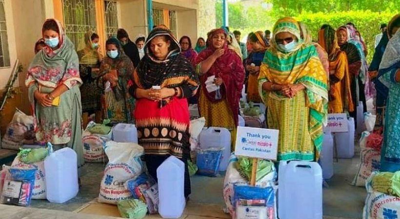 كاريتاس باكستان توفر الطعام ومستلزمات نظافة للمسيحيين الذين تم إجلاؤهم