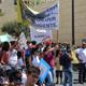 القدس: الالاف يتظاهرون تضامنا مع المدارس الاهلية؛ الكنائس تدرس التصعيد باغلاق ابوابها لضرب السياحة