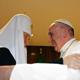 اجتماع تاريخي بين البابا فرنسيس وبطريرك الكنيسة الارثوذكسية لانقاذ مسيحيي الشرق الاوسط