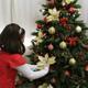 الاستعداد للاحتفال بعيد الميلاد