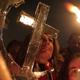 زعماء دينيون وسياسيون يحثون الكنيسة الغربية على تذكر المسيحيين المنسيين المضطهدين