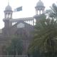 محكمة باكستانية تأمر بإعادة فتاة مسيحية تبلغ من العمر 14 عامًا إلى مختطفها