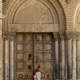 كيف نُعيد والكنائس مغلقة؟؟ (2)