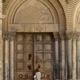 كيف نُعيد والكنائس مغلقة؟؟ (1)