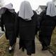 دار مسنين في فرنسا ترفض قبول راهبة بسبب غطاء الرأس