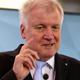 ألمانيا: وزير الداخلية يحذر من أن أوروبا قد تواجه تدفق لللاجئين أكبر من موجة 2015