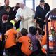 البابا فرنسيس يطلب الصفح من غجر رومانيا