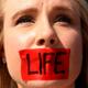 إستطلاع: 6 من كل 10 أمريكيين يرفضون فكرة أن الحياة البشرية مقدسة