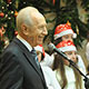 بيرس يهنئ المسيحيين بمناسبة عيد الميلاد المجيد